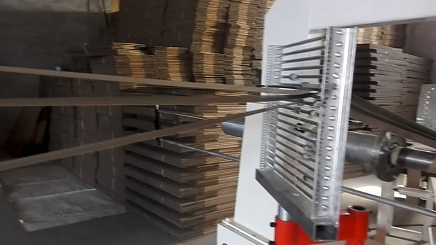 Spiral tube making machine threading paper shelf